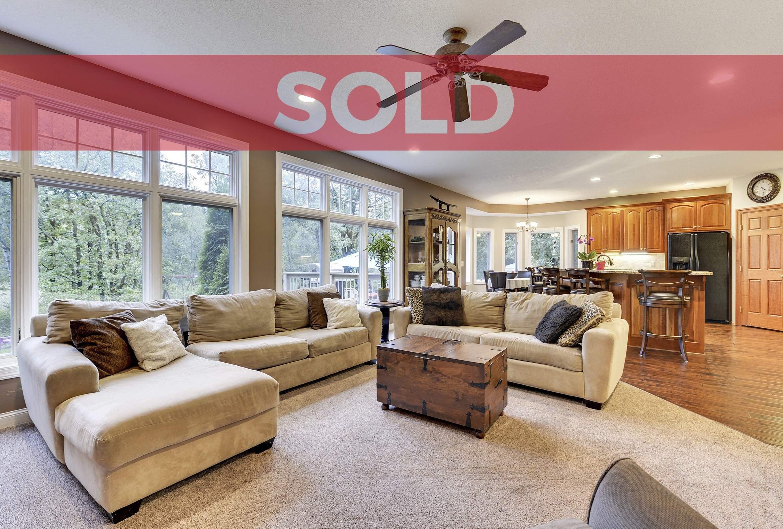 sold-overlay-8781-162nd-Ramsey (Custom)